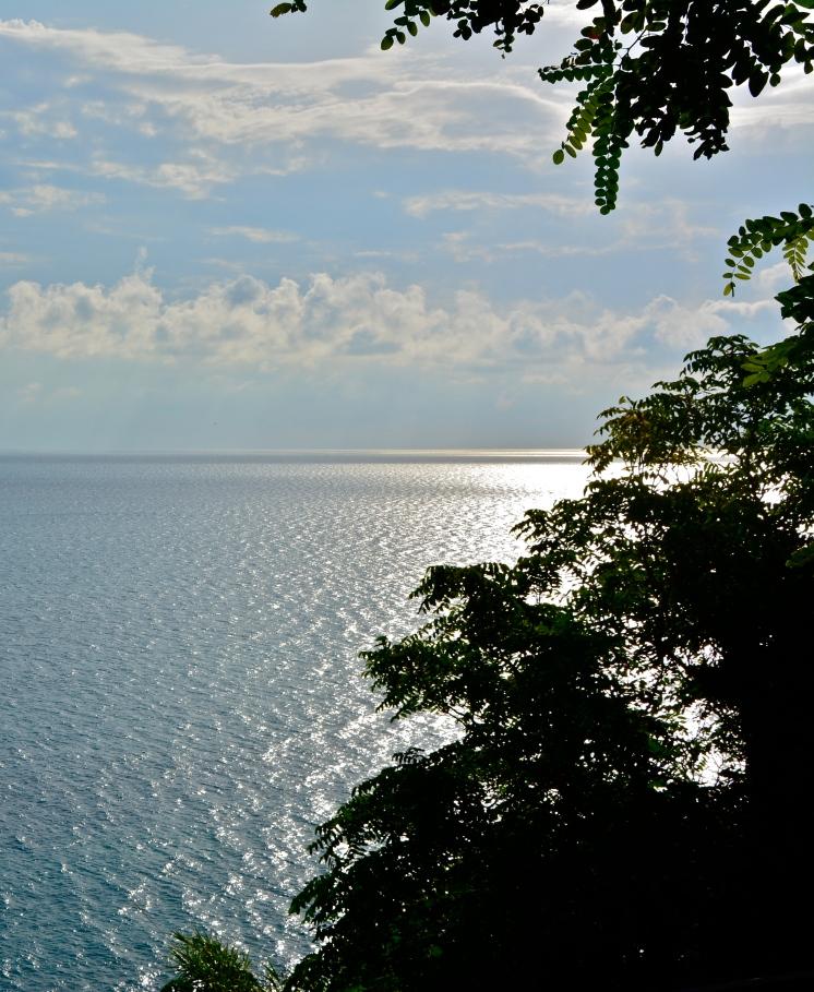 Il mare di San Vito Chietino dall'Eremo Dannunziano, luglio 2015